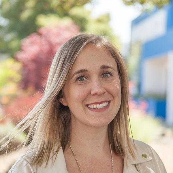 Sheila Illingworth, Corporate Accounts & Marketing