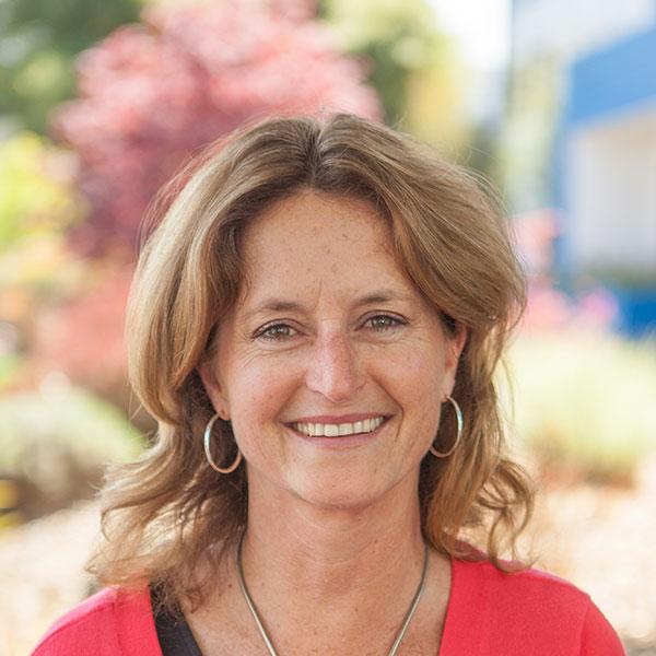 Janine Baines, Wedding Designer and Corporate Accounts